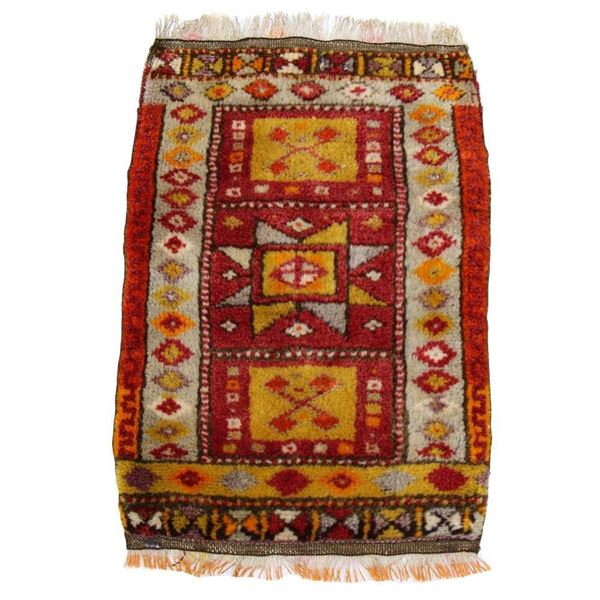 hand-knotted-turkish-mini-rug
